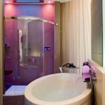 94 Simple & Futuristic Bathroom Remodeling Ideas - How to Achieve An Ultra-modern Look-5220