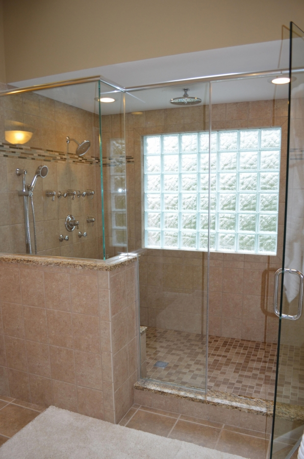 95 Beautiful Walk In Shower Ideas for Small Bathrooms 5694