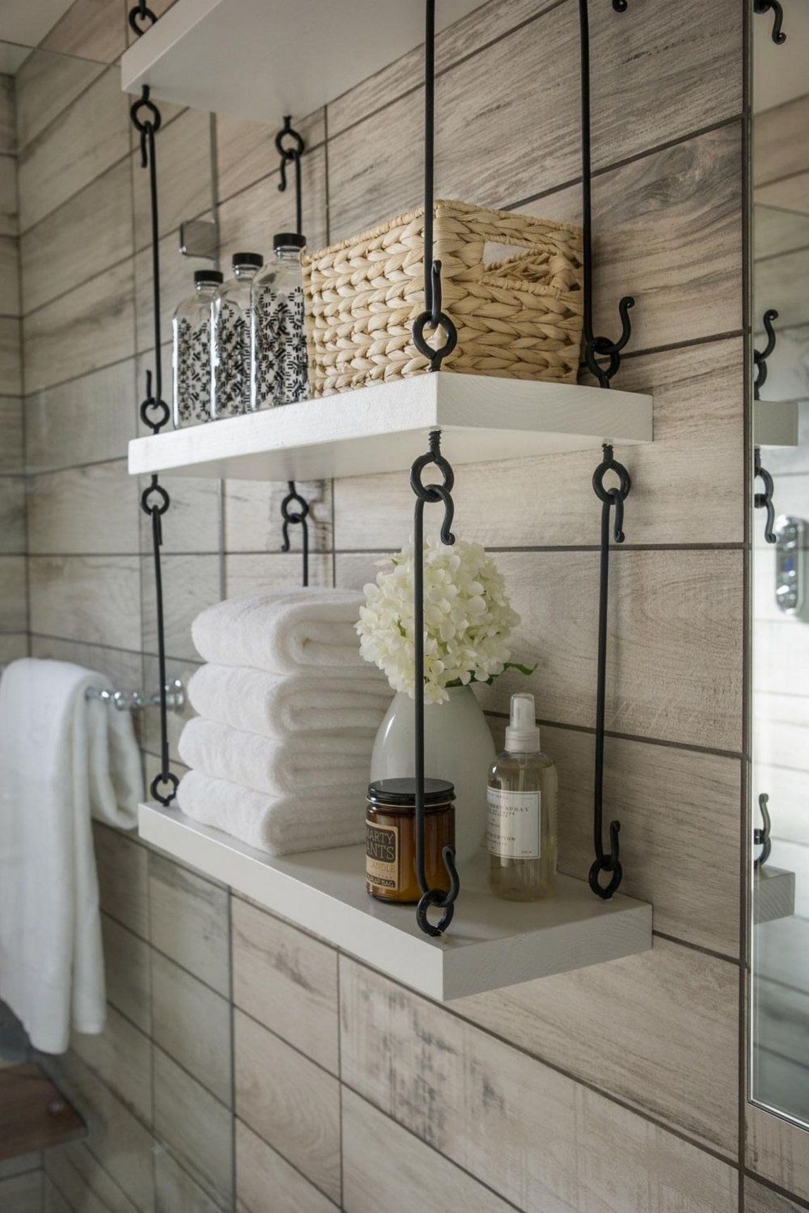 49 Small Bathroom Storage Decoation Ideas Here's How To Get All The Space You Need 33