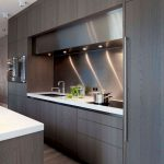 72 Amazing Modern Kitchen Cabinets Design Ideas 6619