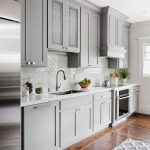 72 Amazing Modern Kitchen Cabinets Design Ideas 6669