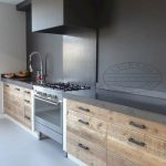 72 Amazing Modern Kitchen Cabinets Design Ideas 6671