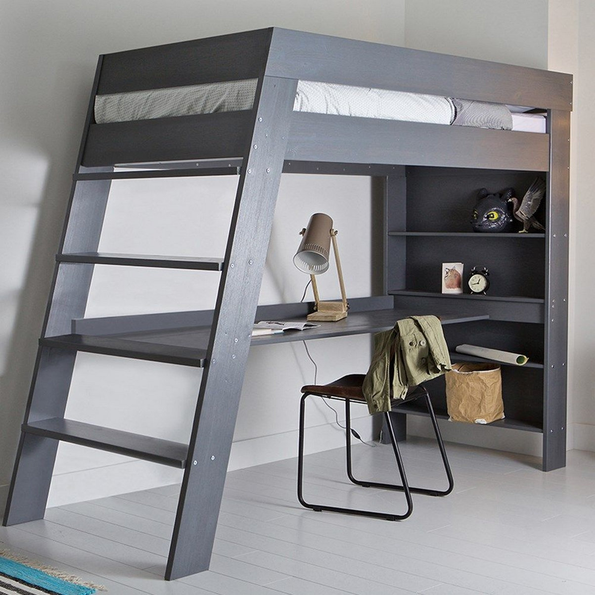 30+ Bunk Beds Design Ideas With Desk Areas Help To Make Compact Bedrooms Bigger 10