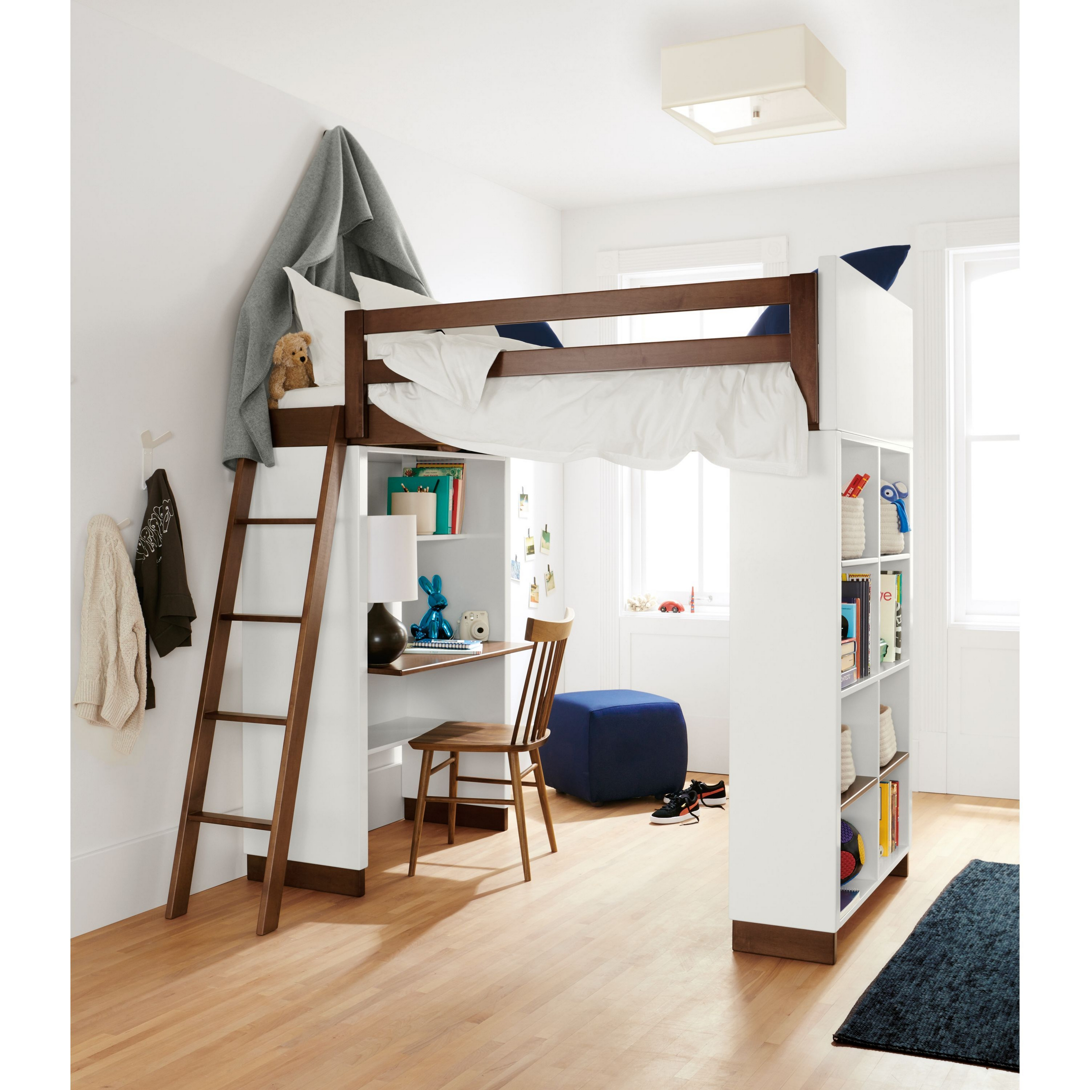30+ Bunk Beds Design Ideas With Desk Areas Help To Make Compact Bedrooms Bigger 22