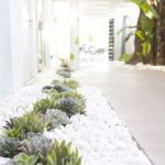85 Awesome Winter Patio Decorating Ideas with Fire Pit - Making Your Patio Warm and Cozy-8567