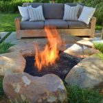 85 Awesome Winter Patio Decorating Ideas with Fire Pit - Making Your Patio Warm and Cozy-8569