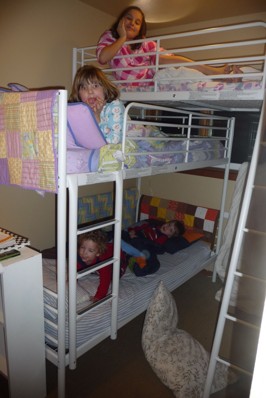 90 top Picks for A Triple Bunk Bed for Kids Rooms-9609