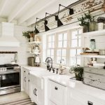 95 Farmhouse Kitchen Ideas On A Budget-8816