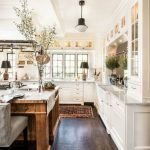 95 Farmhouse Kitchen Ideas On A Budget-8820