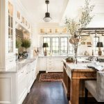 95 Farmhouse Kitchen Ideas On A Budget-8775