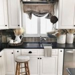 95 Farmhouse Kitchen Ideas On A Budget-8777