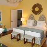 85 Master Bedroom Decoration Models With Two Beds Feel Comfortable In Use 15