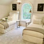 85 Master Bedroom Decoration Models With Two Beds Feel Comfortable In Use 25