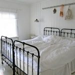 85 Master Bedroom Decoration Models With Two Beds Feel Comfortable In Use 50