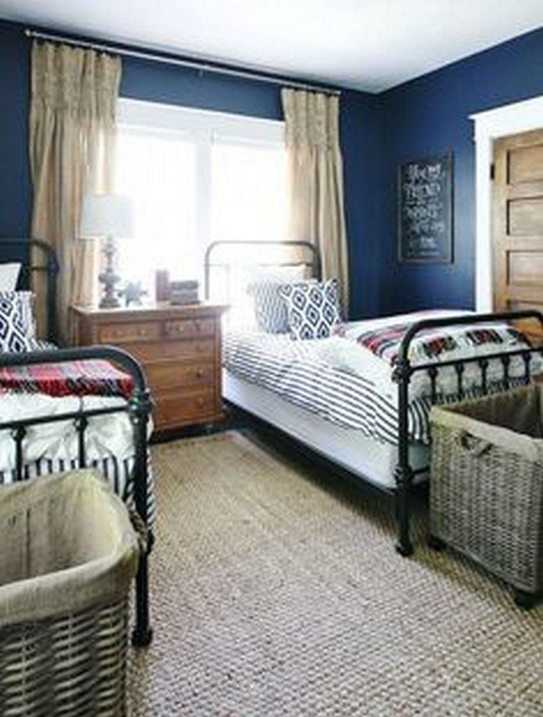 85 Master Bedroom Decoration Models With Two Beds Feel Comfortable In Use 59