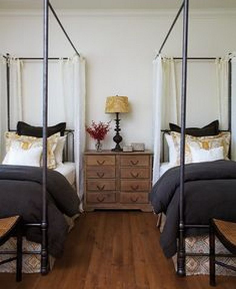 85 Master Bedroom Decoration Models With Two Beds Feel Comfortable In Use 78