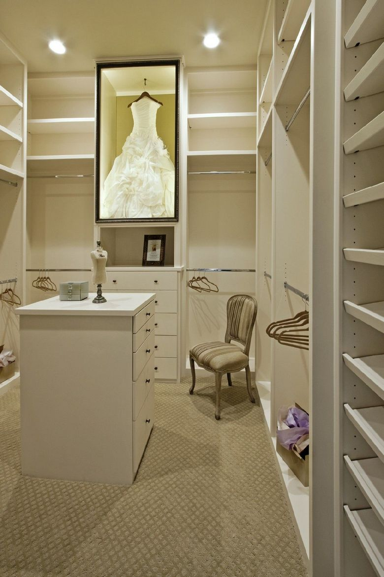 90 Modern Master Closet Models That Inspire Your Home Decor 5