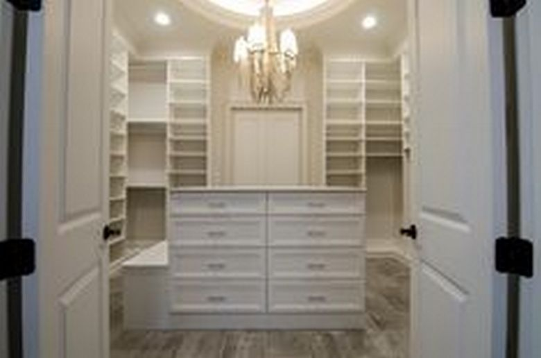 90 Modern Master Closet Models That Inspire Your Home Decor 56