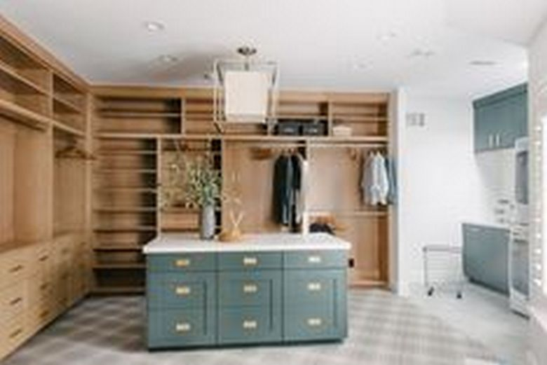 90 Modern Master Closet Models That Inspire Your Home Decor 59