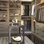 90 Modern Master Closet Models That Inspire Your Home Decor 81