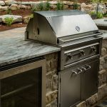 7 Tips Simple For Choosing The Perfect Outdoor Kitchen Grills 26