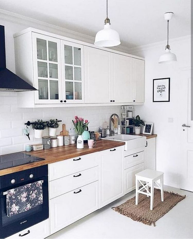 Tips For Creating Beautiful Black Or White Retro Themed Kitchens 19