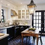 Tips For Creating Beautiful Black Or White Retro Themed Kitchens 24
