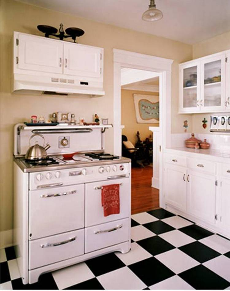 Tips For Creating Beautiful Black Or White Retro Themed Kitchens 50