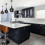 Tips For Creating Beautiful Black Or White Retro Themed Kitchens 56