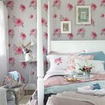 Tips For Decorating A Small Bedroom For A Young Girl 41