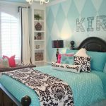 Tips For Decorating A Small Bedroom For A Young Girl 46