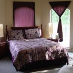 Tips For Decorating A Small Bedroom For A Young Girl 50