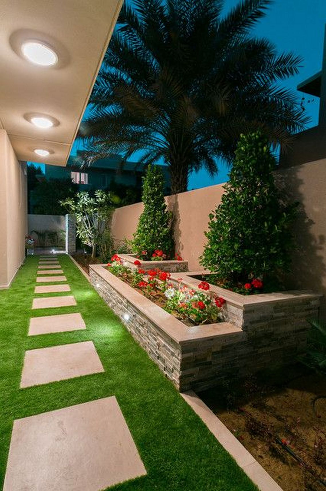 91 Small Backyard Landscape Decoration Models Are Simple And Look Creative 68