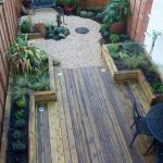 91 Small Backyard Landscape Decoration Models Are Simple And Look Creative 75