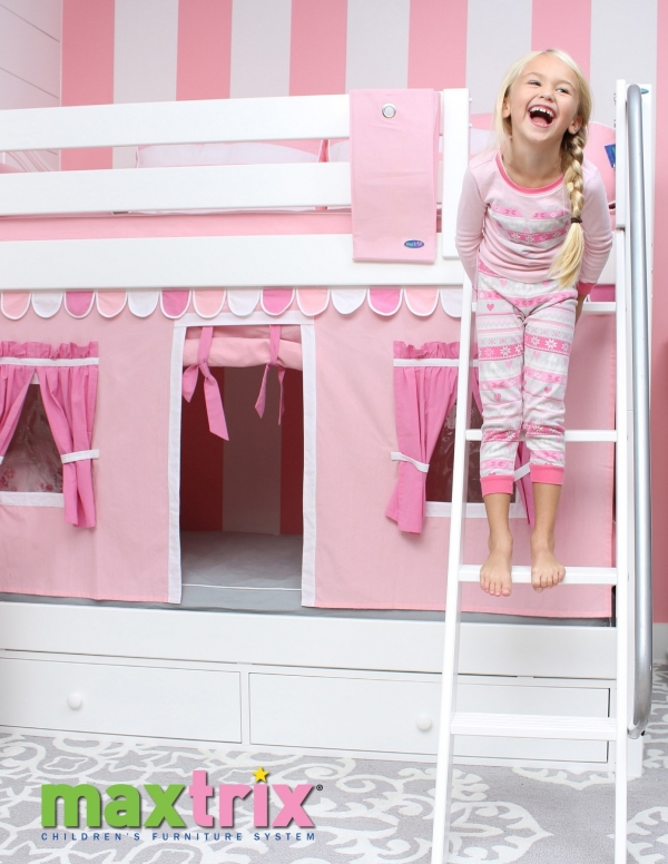 Beaut Bunk Bed with Desk for Girl On