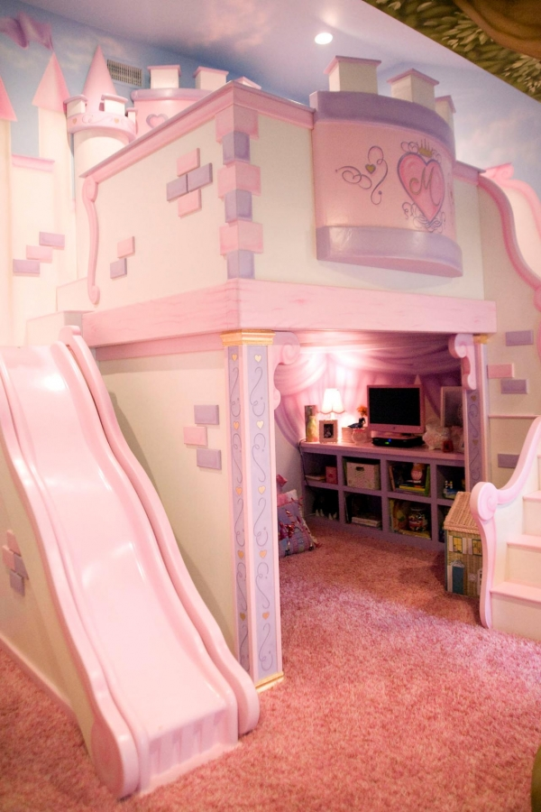 Stunning Bunk Bed with Desk for Girl On