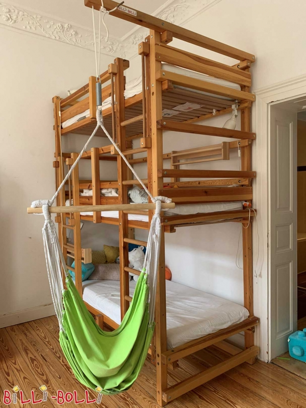 Irresistible Bunk Beds with Desk Underneath On