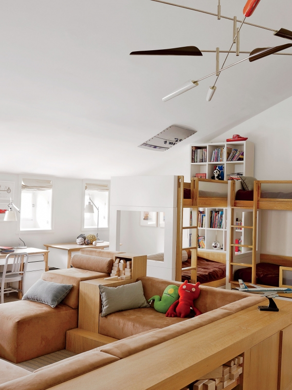 Engaging Bunk Beds with Desk Underneath On