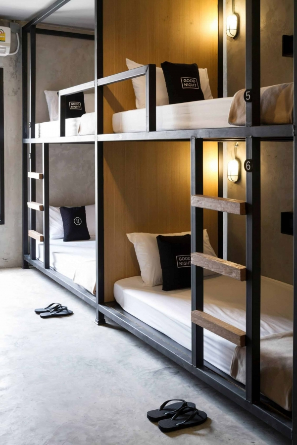 Decorative Bunk Beds with Desk Underneath On