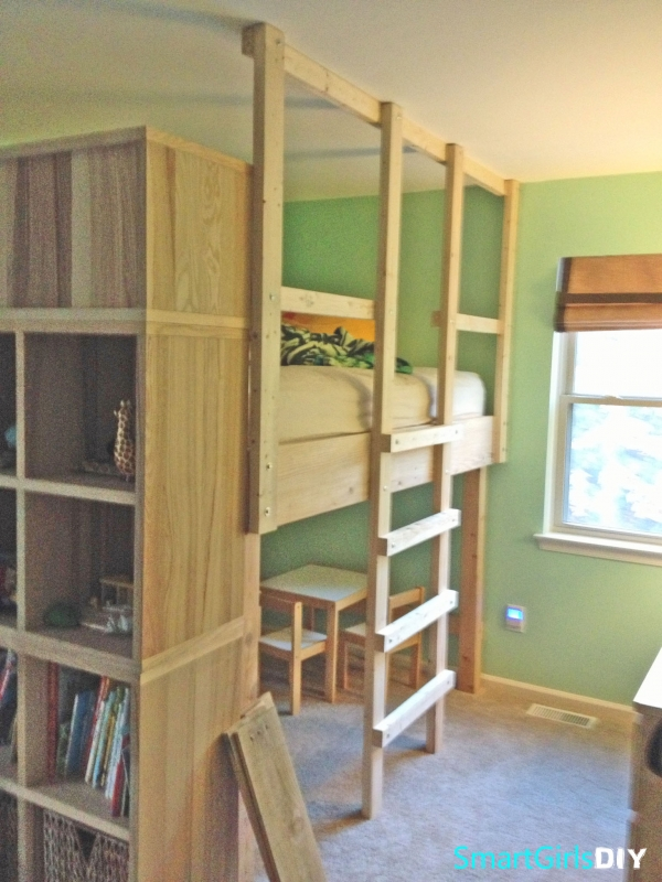 on Loft Bed with Desk and Storage id=16057