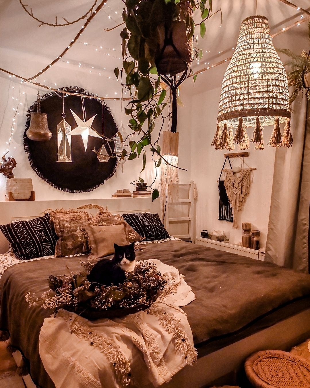 """Fanciable Cosy Home Decorating Ideas On Artistic Natural Boho Interior On Instagram """"ᴬᵈᵛᵉʳᵗᶦˢᵉᵐᵉⁿᵗ On Cosy Home Decorating Ideas"""