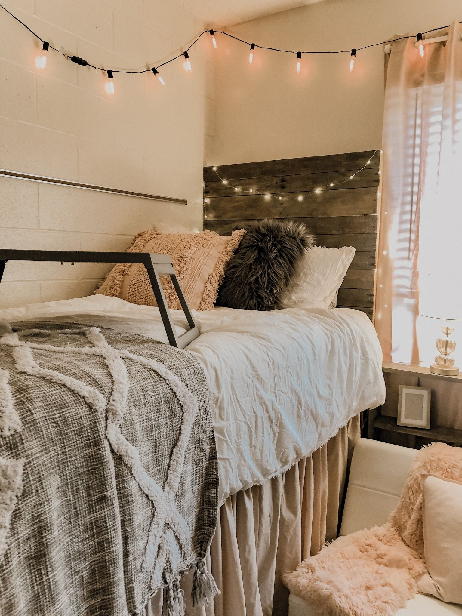 Breathtaking Dorm Rooms Pinterest On Decorative Pin by Cassie Moshy On My Dorm Room ❤️ On Dorm Rooms Pinterest