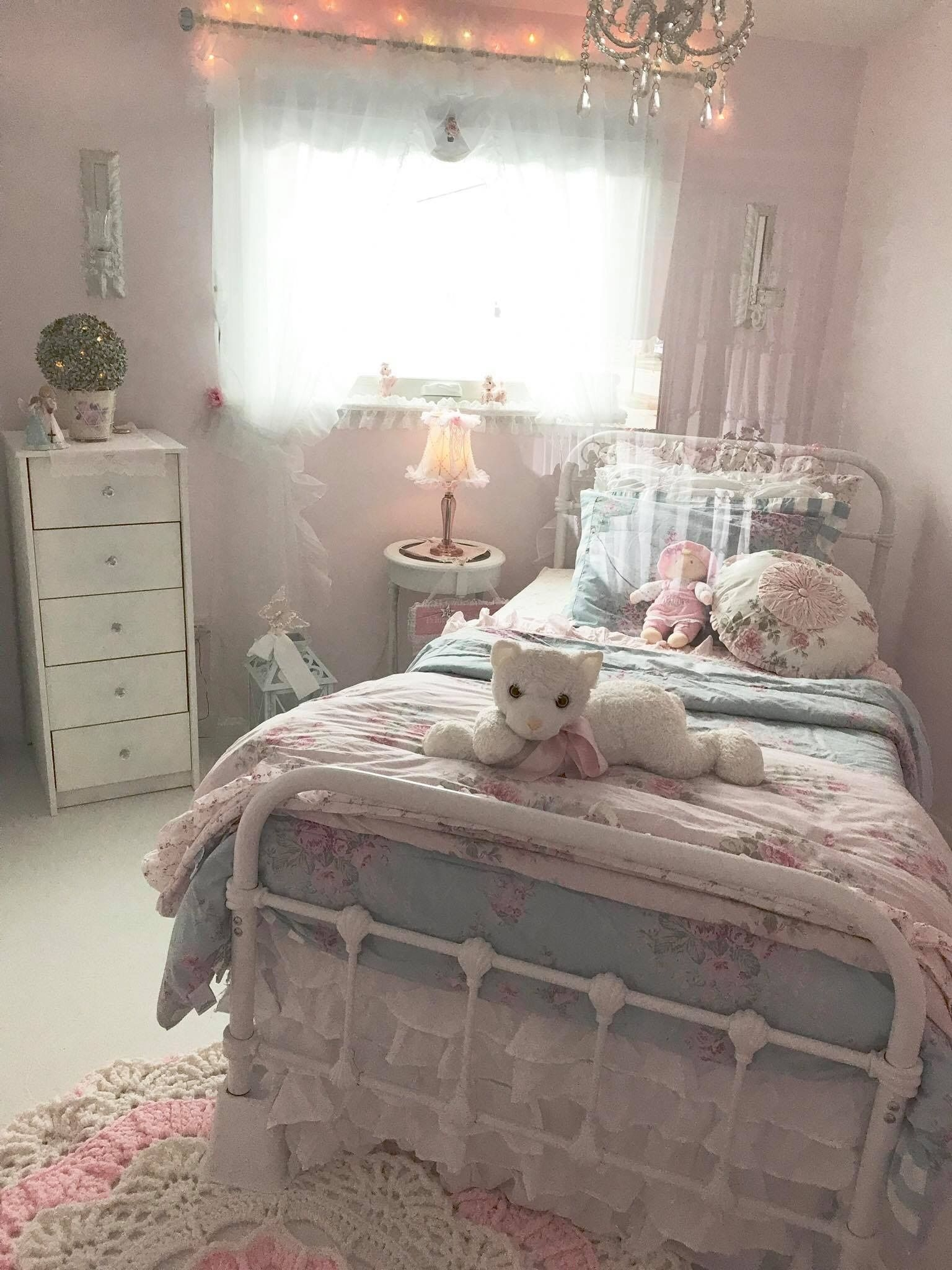 Beauteous Shabby Chic Room Ideas On Engaging Shabby Chic On Shabby Chic Room Ideas