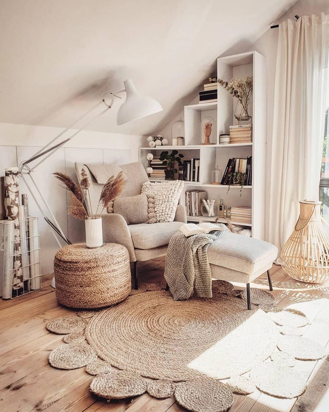 Charming Boho Living Room Decor On A Budget Ideas Spaces Living Room Chairs On Extraordinary Pin by Emily Martin On Room On Boho Living Room Decor On A Budget Ideas Spaces Living Room Chairs