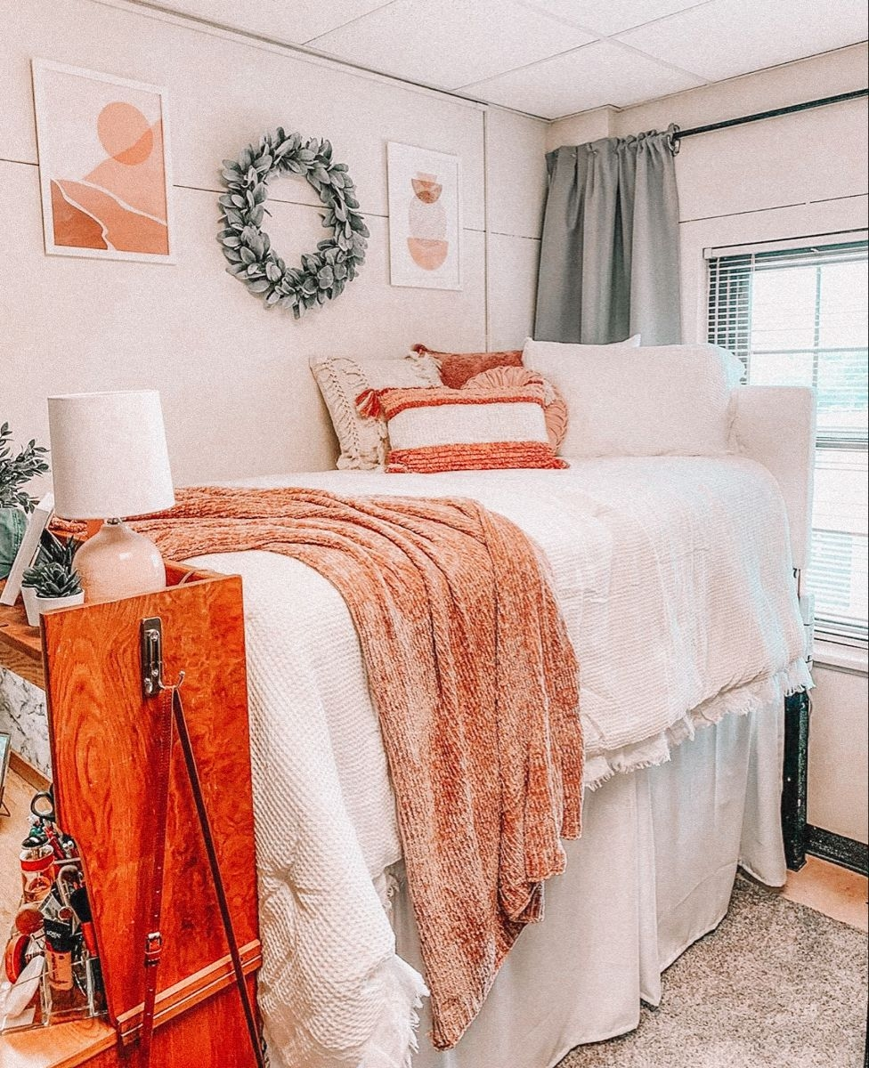Prodigious Dorm Room Stores On Unbelievable Pin by Sam Cortez On Rooms Decor In 2021 On Dorm Room Stores