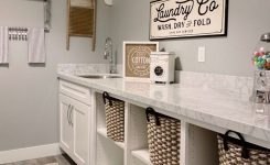 49 Small Bathroom Storage Decoation Ideas Here's How To Get All The Space You Need 32