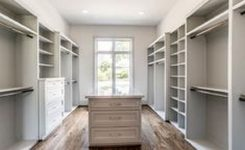 90 Modern Master Closet Models That Inspire Your Home Decor 75