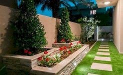 91 Small Backyard Landscape Decoration Models Are Simple And Look Creative 24