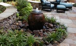 91 Small Backyard Landscape Decoration Models Are Simple And Look Creative 42