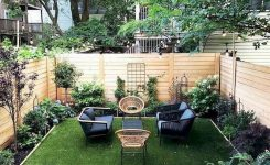 91 Small Backyard Landscape Decoration Models Are Simple And Look Creative 54